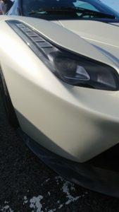 驚愕のスーパーカーを初めて訪れた芦有ドライブウェイで目撃する